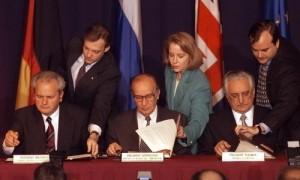 Bosna i Hercegovina, Daytonski sporazum