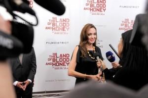 Angelina Jolie, U zemlji krvi i meda