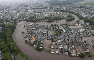 oluja, Japan
