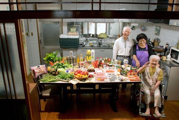Matsuda porodica iz Japana troši £143 sedmično na namirnice