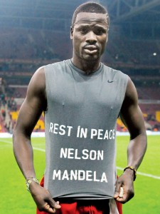 Didier Drogba, Emmanuel Eboue
