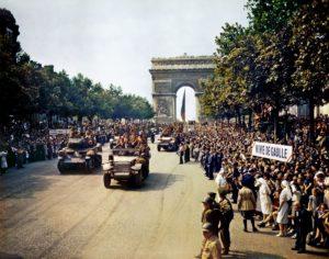 oslobođen Pariz