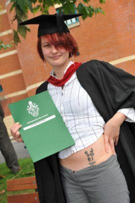 Univerzitet, tetovaža