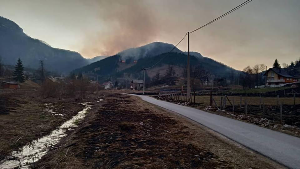 požar, šuma, planina