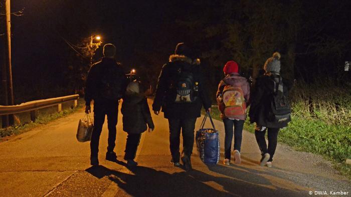 Najteže je migrantskim porodicama sa djecom.