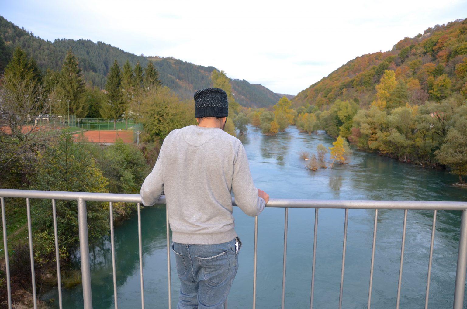 Nassier na mostu na rijeci Uni sa kojeg je, prema riječima svjedoka, Aziz pao u vodu, foto Ajdin Kamber